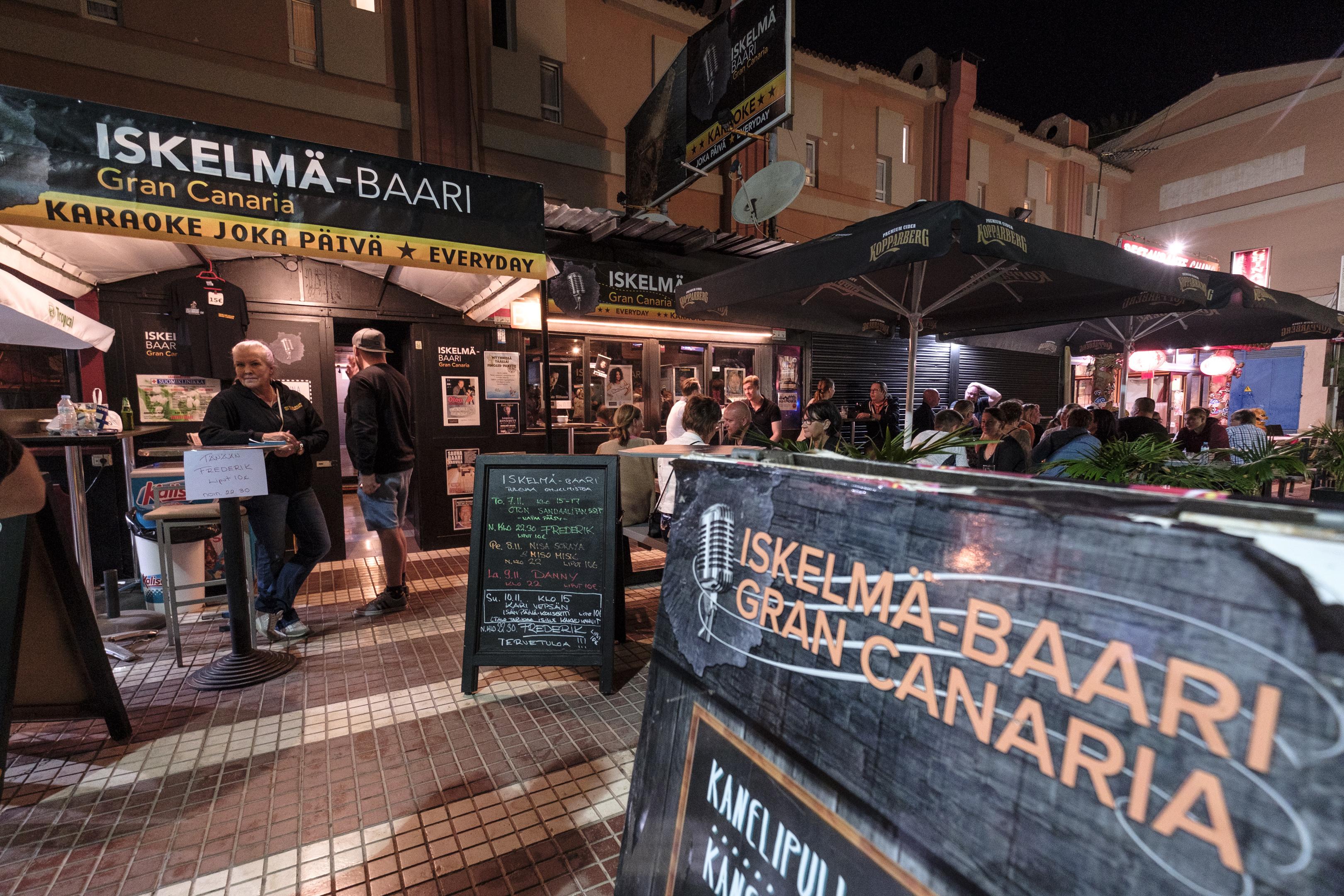 Suomalaisturistien suosima Iskelmä Baari pitää majaansa Playa del Inglésissä.