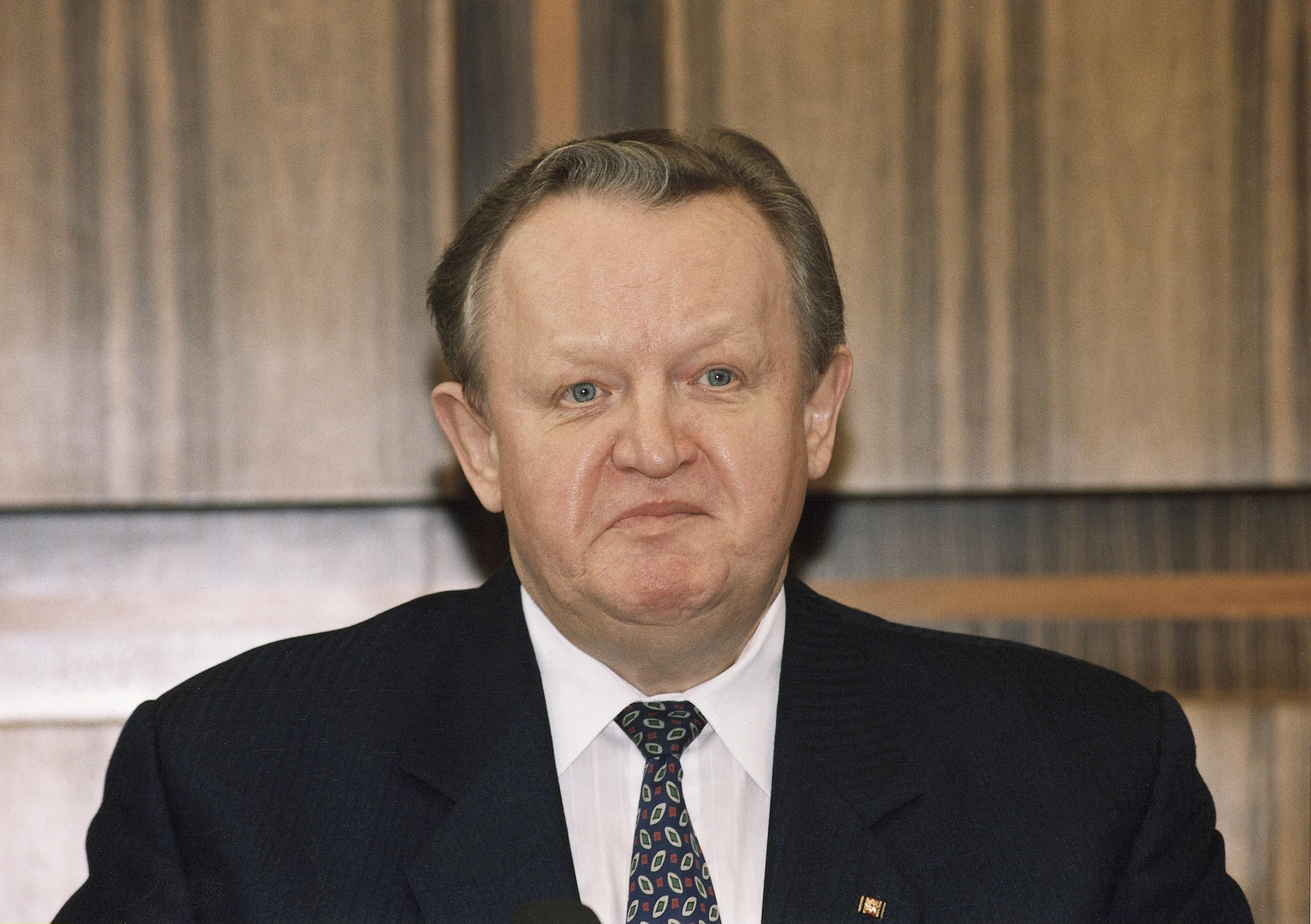 Martti Ahtisaari keksi tuoda jazzmusiikkia Linnaan. Kuva Suomen tasavallan 10. presidentistä vuodelta 1994.