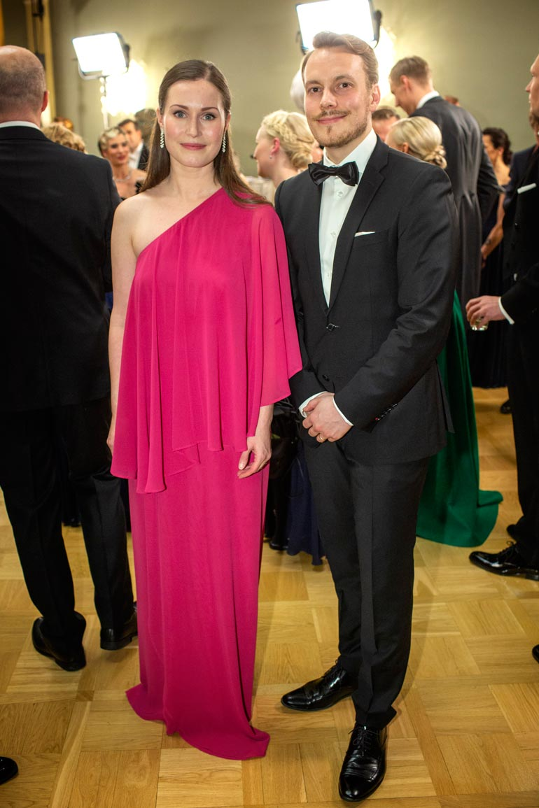 Sanna ja puoliso Markus Räikkönen Linnan juhlissa vain muutamaa päivää ennen pääministeriksi valitsemista.