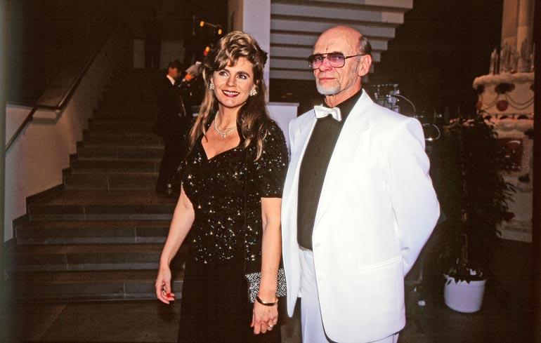 """Riitta seurusteli viihdemoguli Pertti """"Spede""""  Pasasen kanssa 1982-1993."""