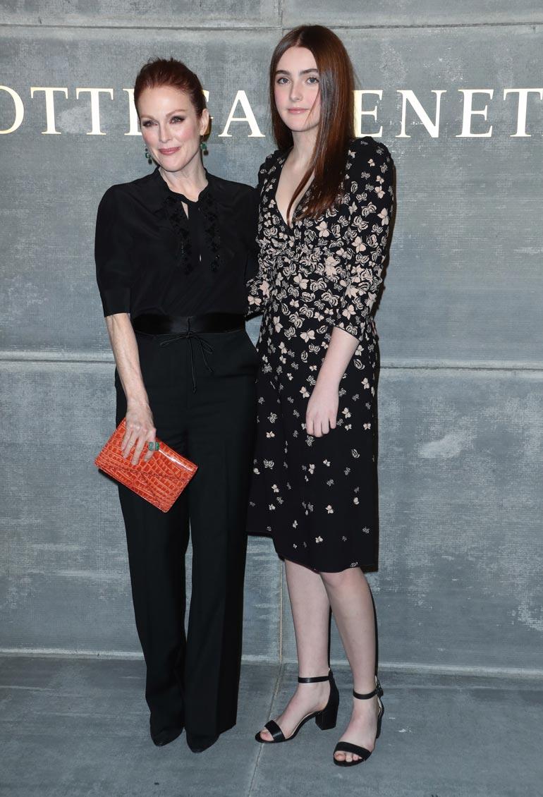 Julianne Moore ja Liv Freundlich