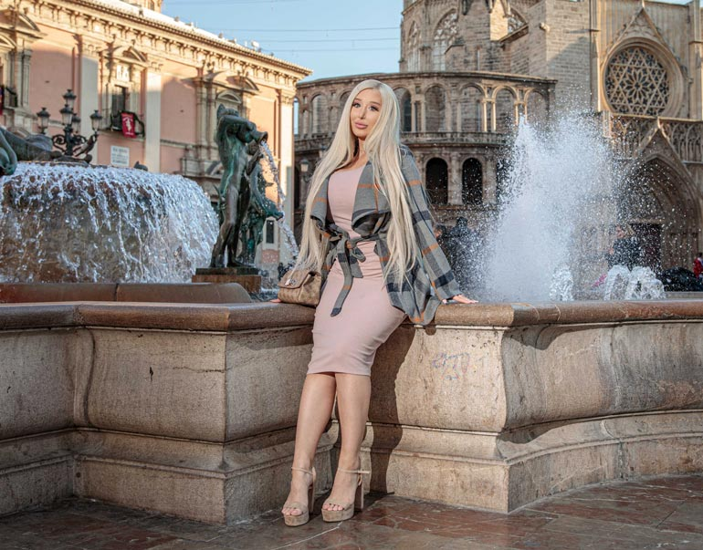 Amanda Ahola muutti Budapestista Valenciaan.