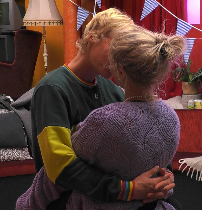 Yllättävä tosi-tv-romanssi! Anu ja Helmeri löysivät toisensa koko syksyn Nelosella nähdyssä Big Brother Suomessa.