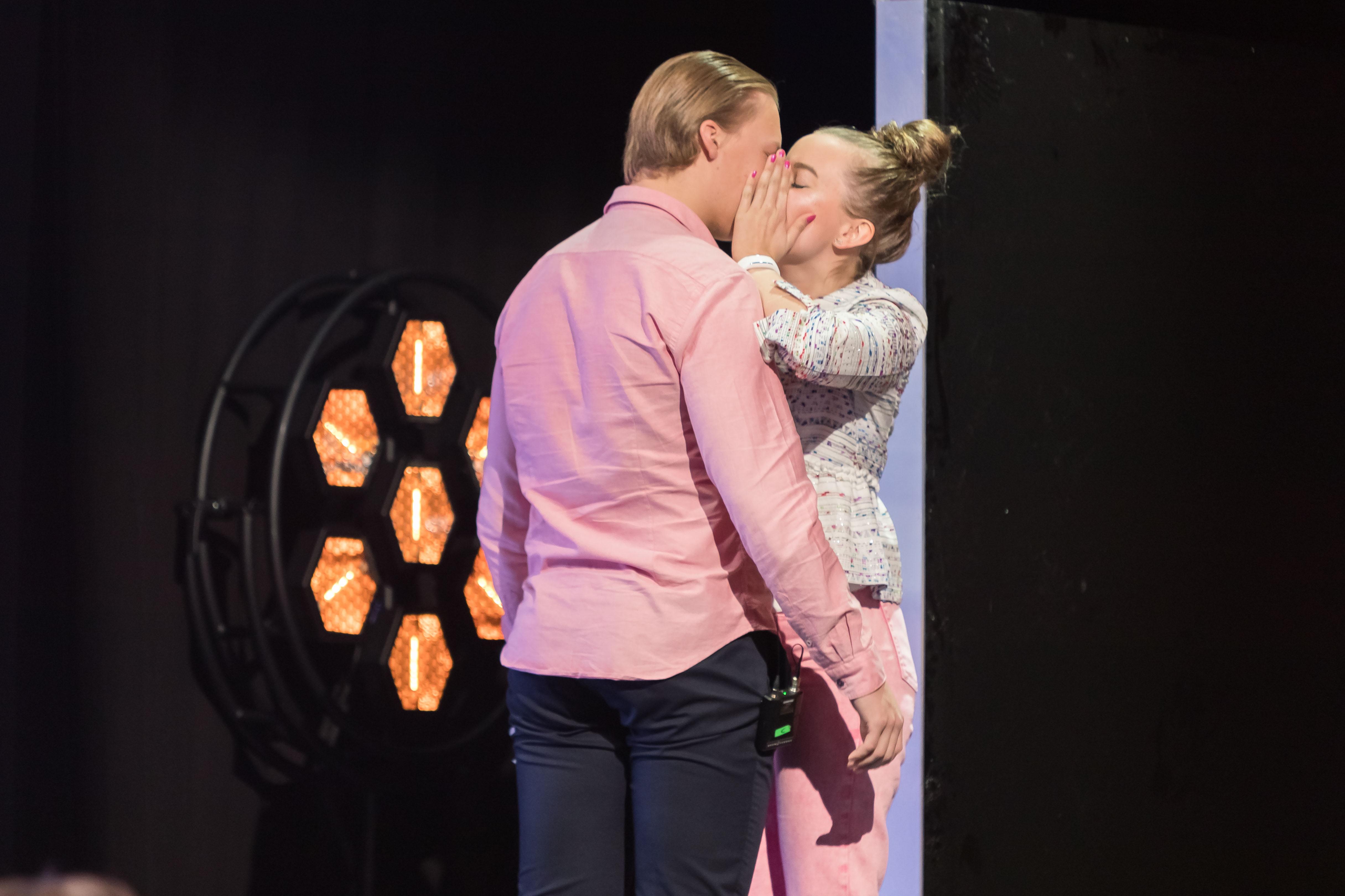Muiskis! Janika Terho päätti repäistä ja osallistui Nelosen Napakymppiin. Jakso nähtiin televisiossa keväällä 2019.