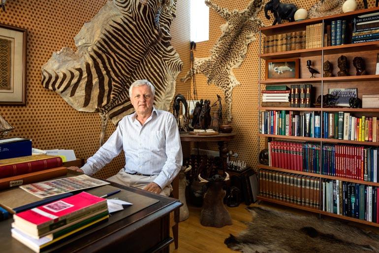 – Olen sisustanut kotini metsästämilläni villieläimillä, Peter kertoo.