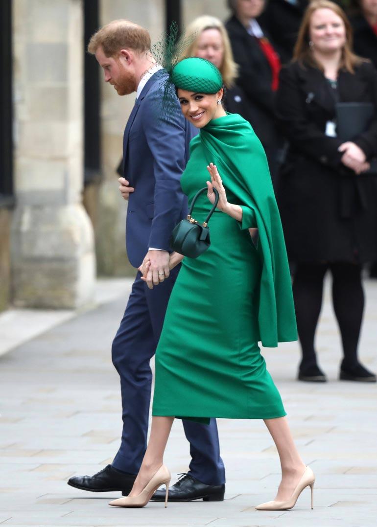 Herttuapari esiintyy jatkossakin julkisuudessa, mutta eivät enää tämän vilkutuksen jälkeen edusta kuninkaallista perhettä.