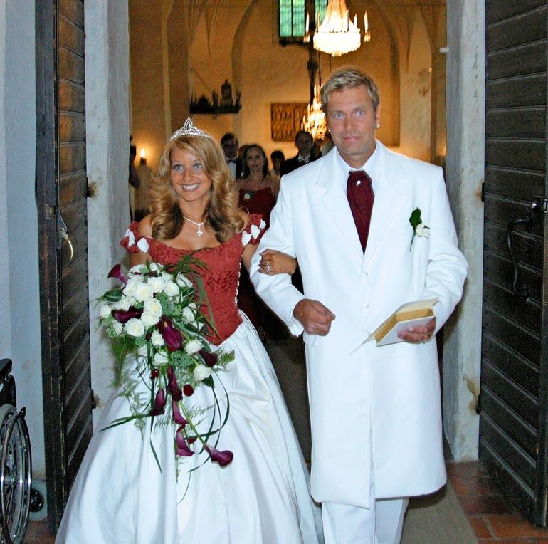 Virpi ja Tauski menivät naimisiin vuonna 2003. Avioliitto kesti seitsemän vuotta.