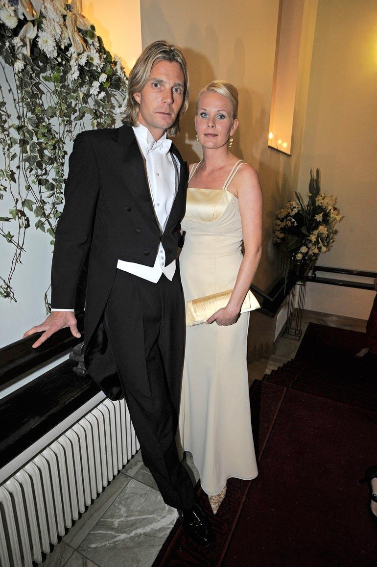 Janne ja Tiia olivat presidentin itsenäisyyspäivän vastaanotolla 2008.