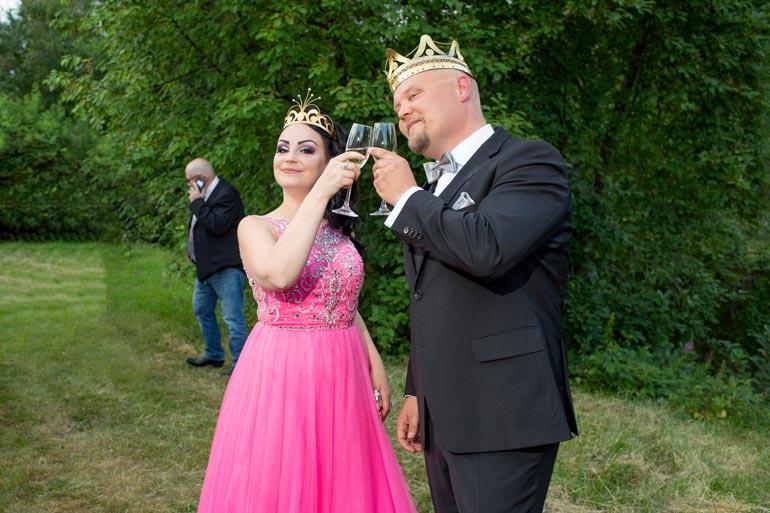 Pirita valittiin Seinäjoella viime kesänä tangokuningattareksi. Kuninkaaksi valittiin Johannes Vatjus.