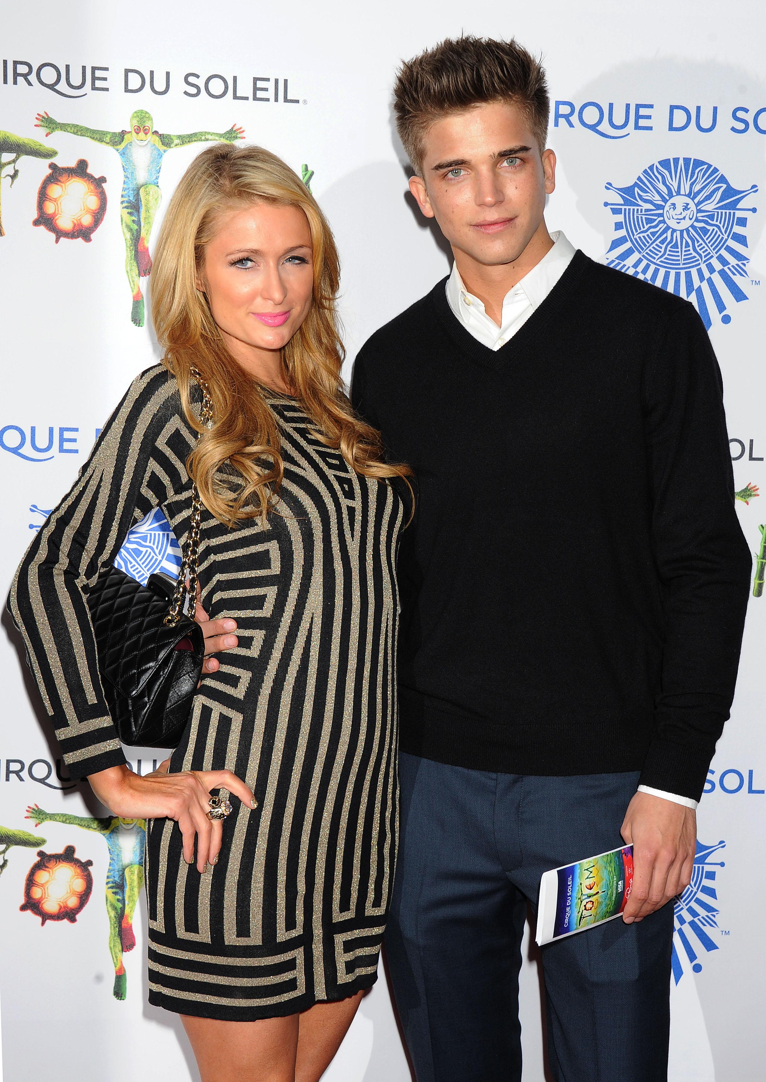 Amerikkalainen ökyhotelliperijätär Paris Hilton ja suomensukuinen espanjalaismalli River Viiperi deittailivat vuosina 2012-2014.