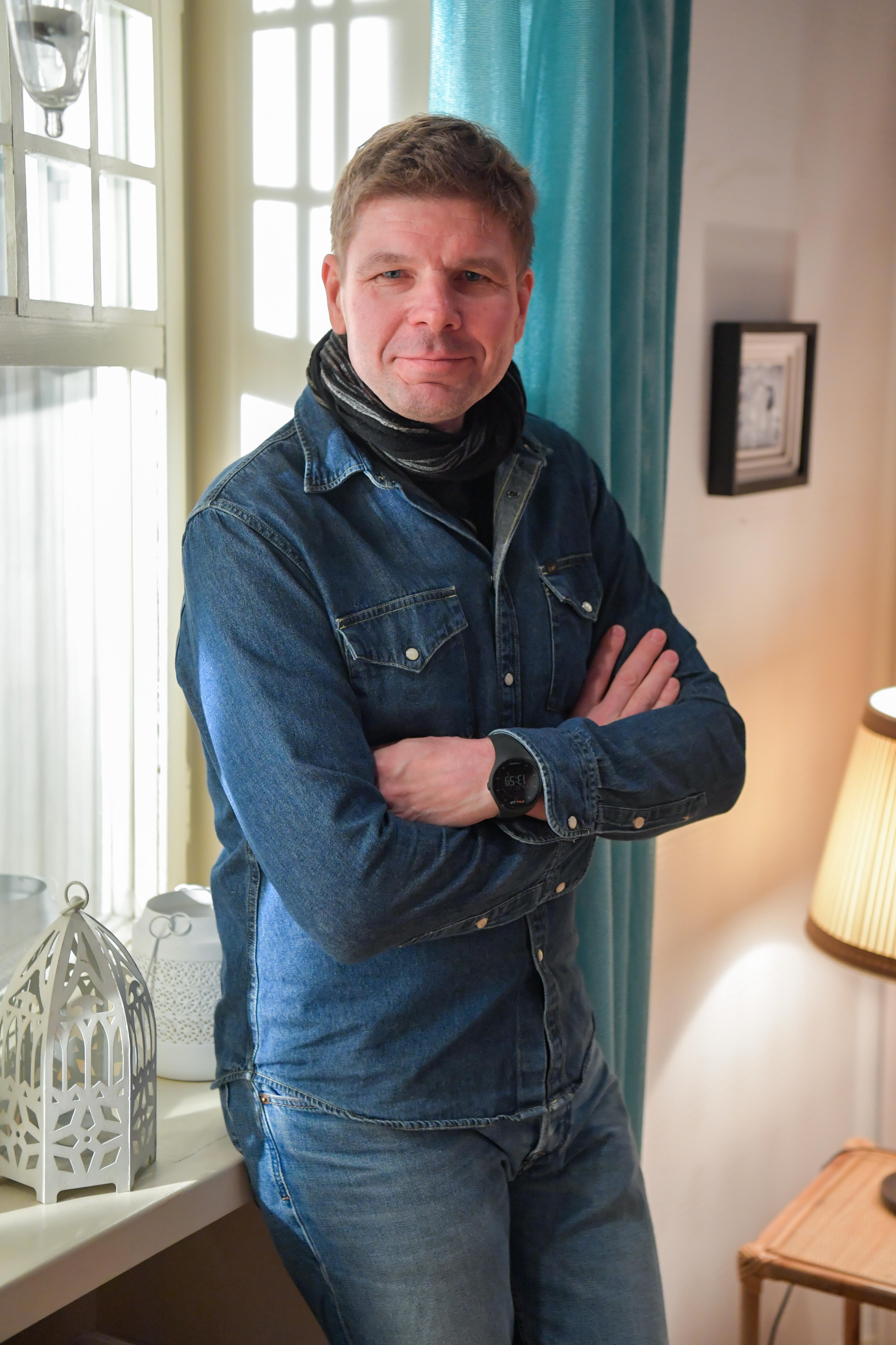 Punkaharjulta kotoisin olevan Tommi Taurulan tyylittelemä Kari Taalasmaa on kuulunut jo vuosikausia Salkkareiden suosituimpiin hahmoihin.