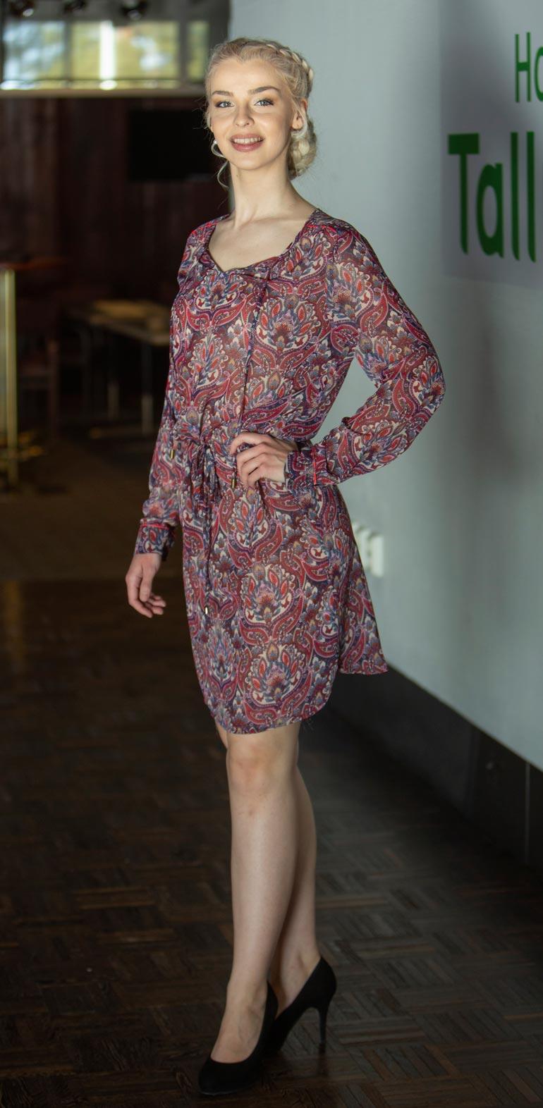 Vivian Virkki on mukana Miss Suomi -kilpailussa.
