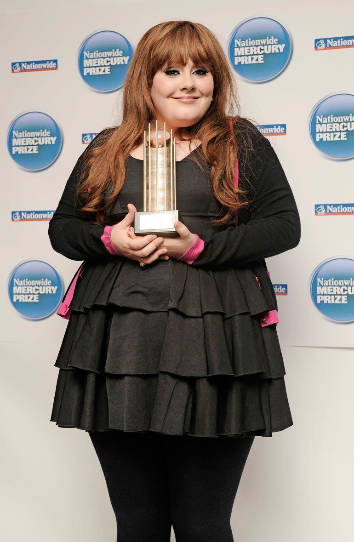 Adele painoi suosionsa alussa 19-vuotiaana liki 100 kiloa.