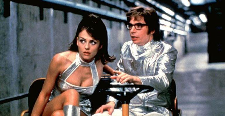 Elizabeth Hurley ja Mike Myers