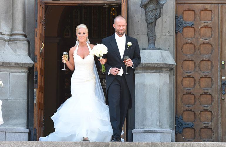 Karalahdet avioituivat vuonna 2015.
