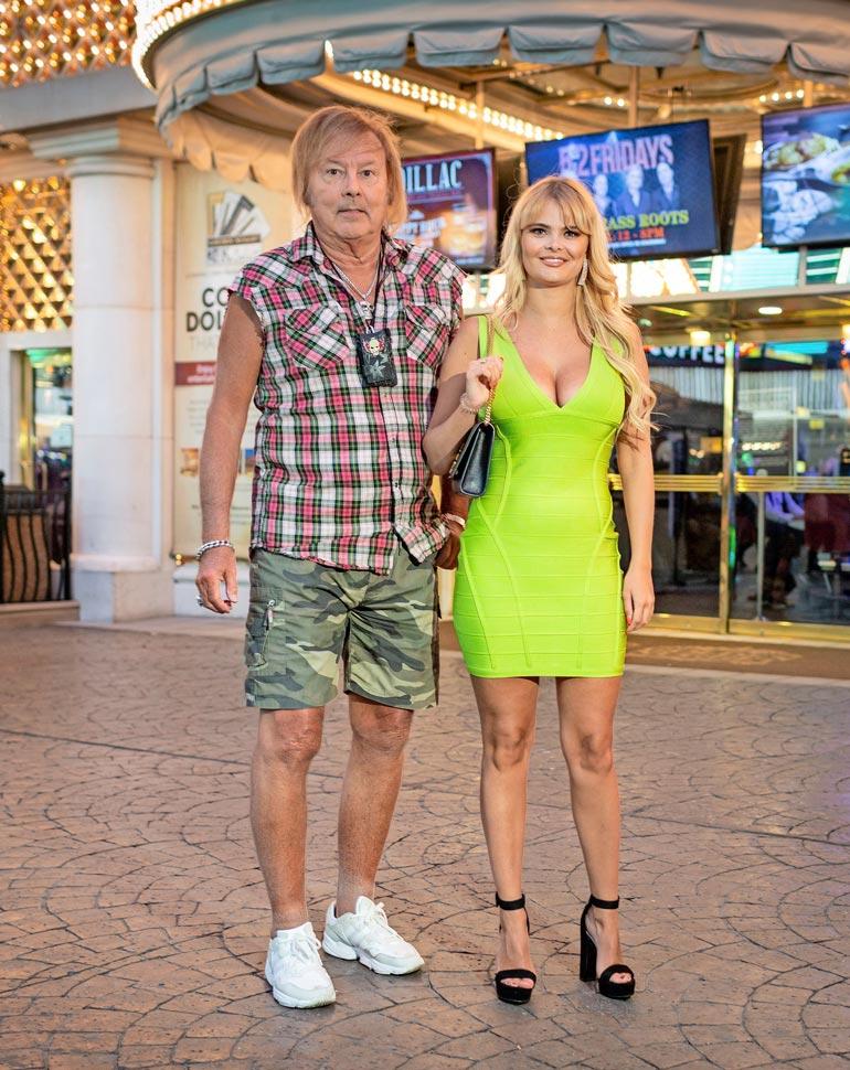 Danny, 77, ja Erika, 27, ovat seurustelleet vuodesta 2016. Vuosi sitten Seiska seikkaili kaksikon kanssa Las Vegasissa ja Teksasissa.
