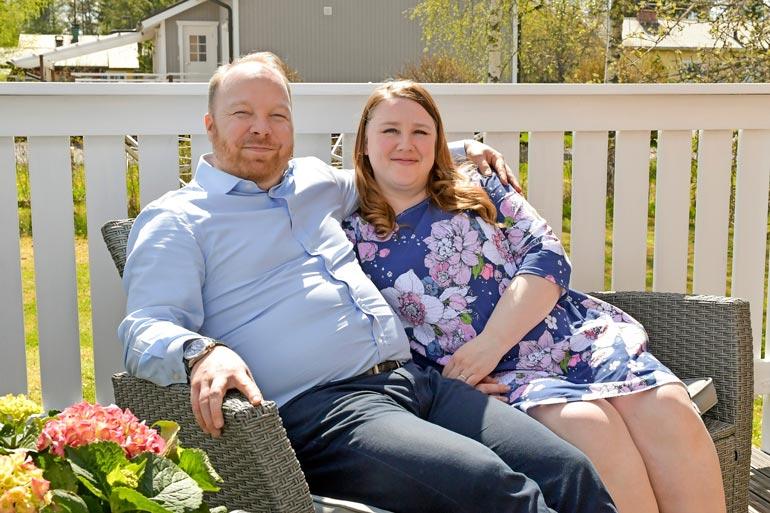 Anniina ja Ville tunnistetaan yhä kadulla. Anniinan mukaan yleisin kommentti on, että he olivat sarjan suosikkipari.