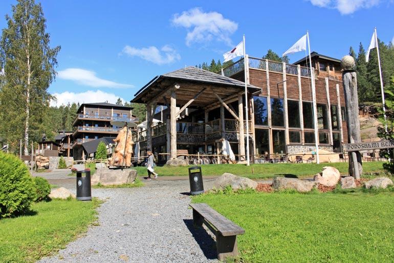 Rantasalmen Järvisydämestä on tullut muutamassa vuodessa julkkisten suosima lomakeskus.