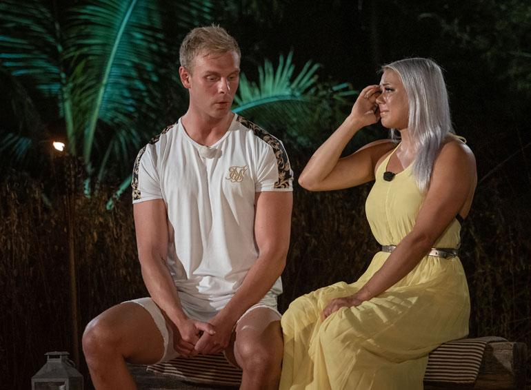 Valto ja Mira erosivat Temptation Islandin viimeisellä iltanuotiolla.