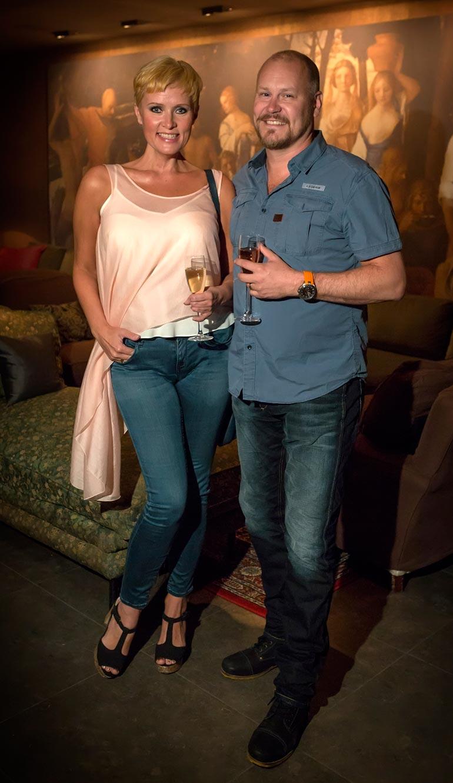 Janne Virtanen ehti olla heinäkuussa 2018 menehtyneen Hanna-Riikka Siitosen kanssa yhdessä 18 vuotta. He menivät naimisiin vuonna 2003.