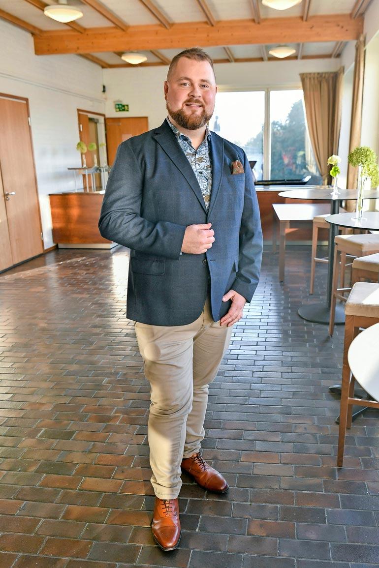 Akseli ponkaisi yleisön tietoisuuteen voittaessaan Top Chef Suomen ensimmäisen tuotantokauden vuonna 2011.