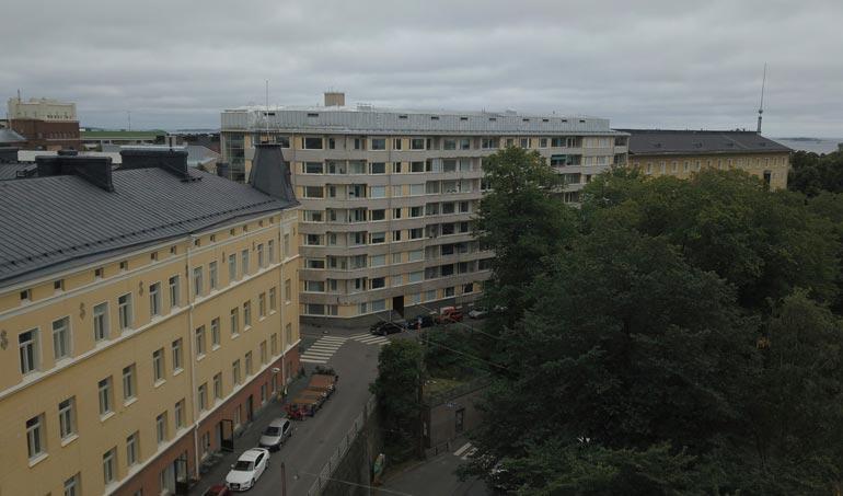 Jukka perheineen muutti Helsinkiin arvoalueelle lähelle kaupungin keskustaa.