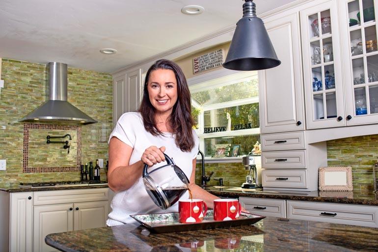 Säännöllinen kahvinjuonti on useissa tutkimuksissa yhdistetty muun muassa pienentyneeseen diabeteksen ja maksasairauksien riskiin.