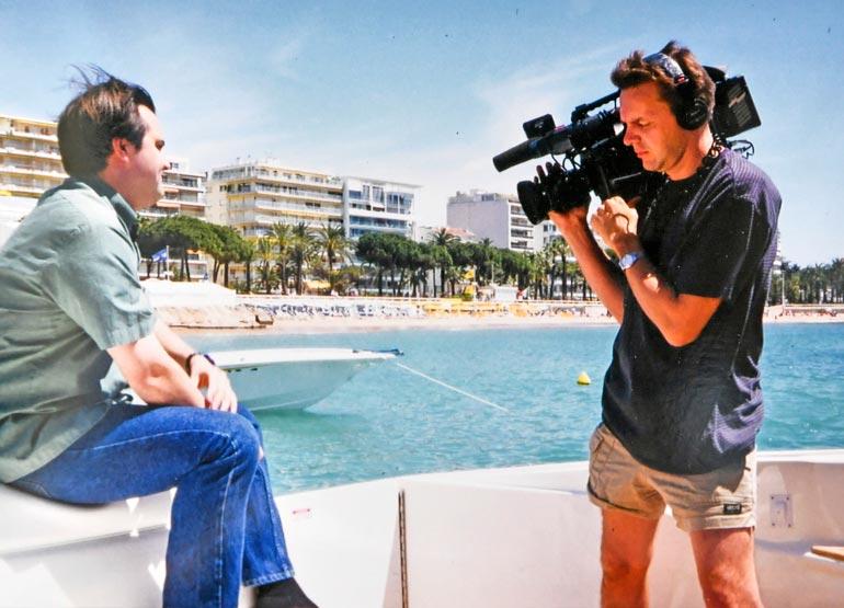 Pekka tuotti Hollywood Xpress -viihdemakasiinia seitsemän vuoden ajan Hollywoodissa 90-luvun lopulla. Juontajana oli Teemu Virtanen.