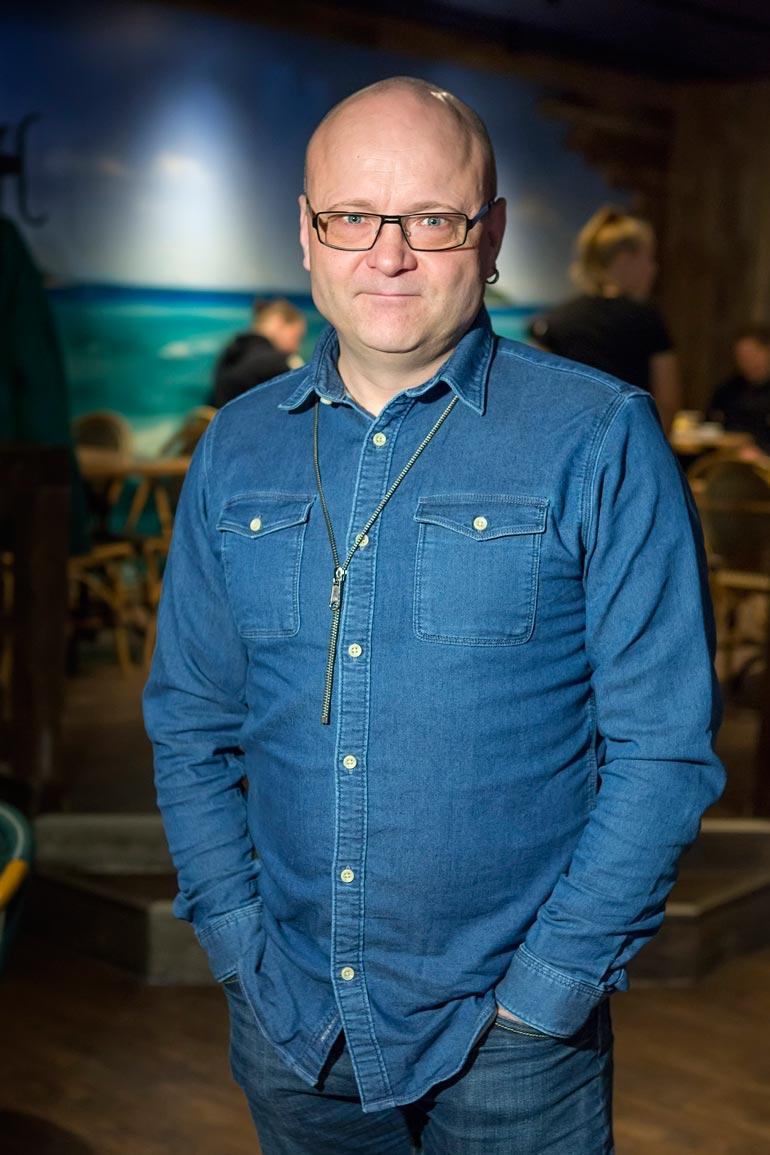 Tapio Suominen on tunnettu urheilutoimittaja.