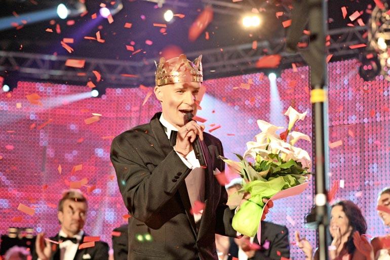 Marko kruunattiin tangokuninkaaksi Seinäjoella vuonna 2010.