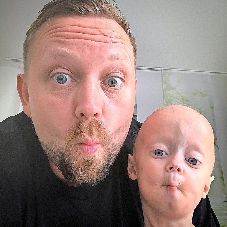 Luken isä Ronny lopetti työnsä viettääkseen mahdollisimman paljon aikaa  poikansa kanssa.