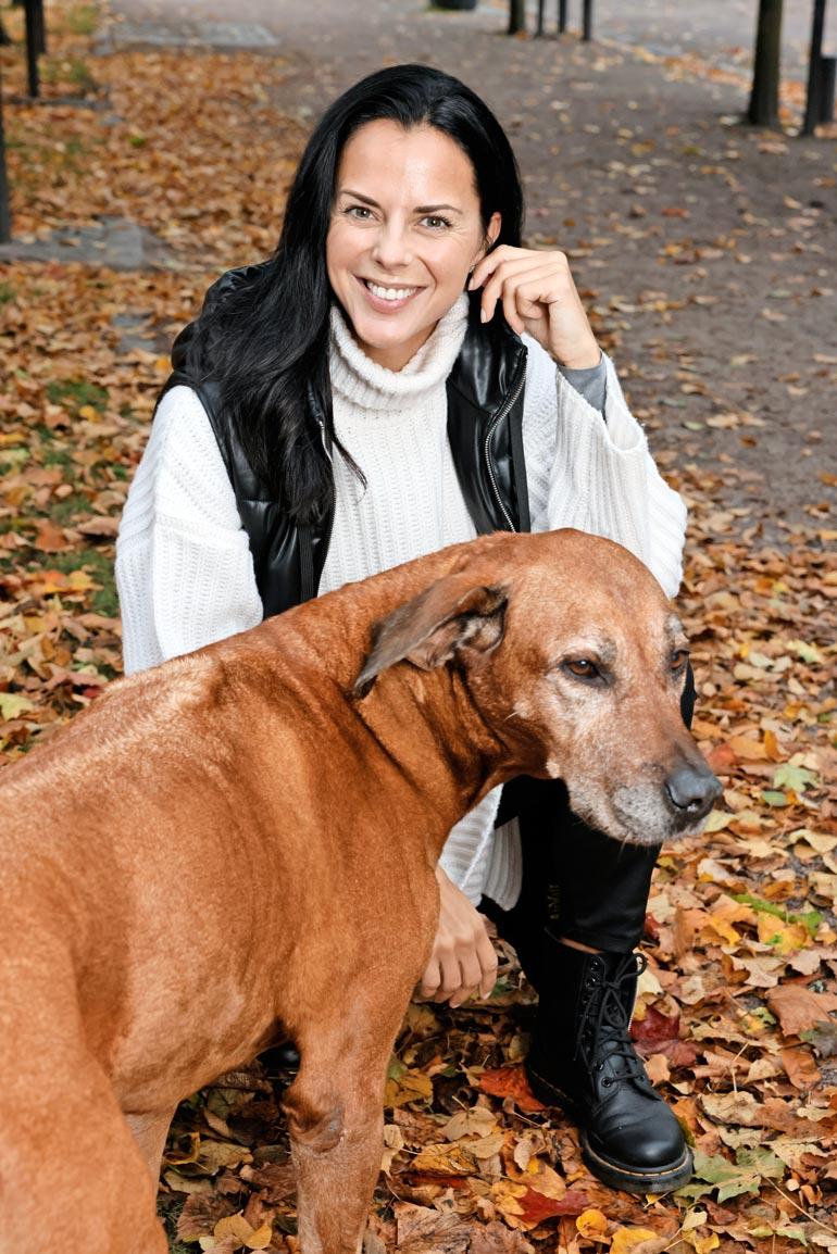 Sadun rakas Leo-koira on jo 10-vuotias ja viettää ansaittuja eläkepäiviä.