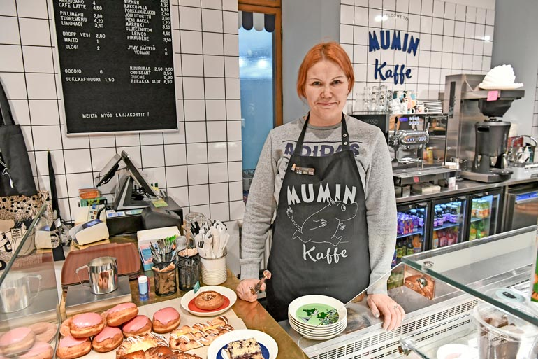 Sannan vuonna 2016 perustamaa Mumin Kaffe -ketjua laajennettiin hurjalla vauhdilla, ja sijoittajia etsittiin ulkomaita myöten. – Se oli suuri virhe.