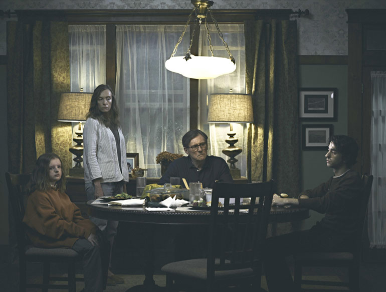 Gabriel Byrne, Alex Wolff, Milly Shapiro and Toni Collette in the ©A24 new film : Hereditary (2018) .