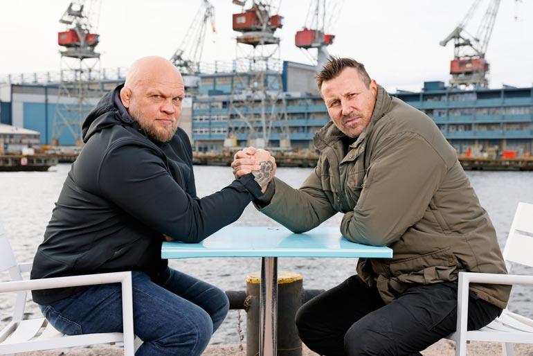 Entinen ammattirikollinen Immu Ilmén ja ex-poliisi Harri Gustafsberg Seiskan yhteishaastattelussa. – Olemme nykyisin ystäviä ja työkavereita, parivaljakko paljastaa.