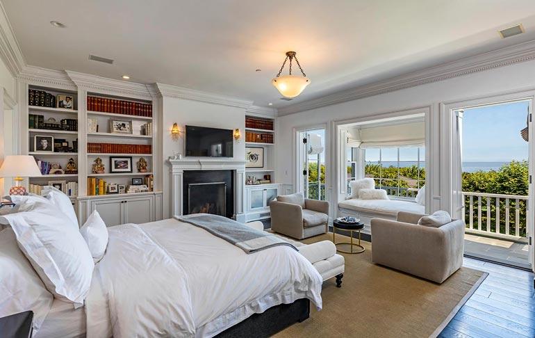 Palatsin hinta onkin kohtuullinen, jos sitä vertaa talon mukavuuksiin, tilaan, tyylikkyyteen ja tekemisen mahdollisuuksiin.