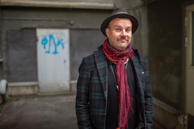 MagnumLiven musiikkiagentti Esa Nummela on työskennellyt muun muassa Saija Tuupasen, Janne Tulkin ja Marita Taavitsaisen kanssa. – Romussa on potentiaalia!