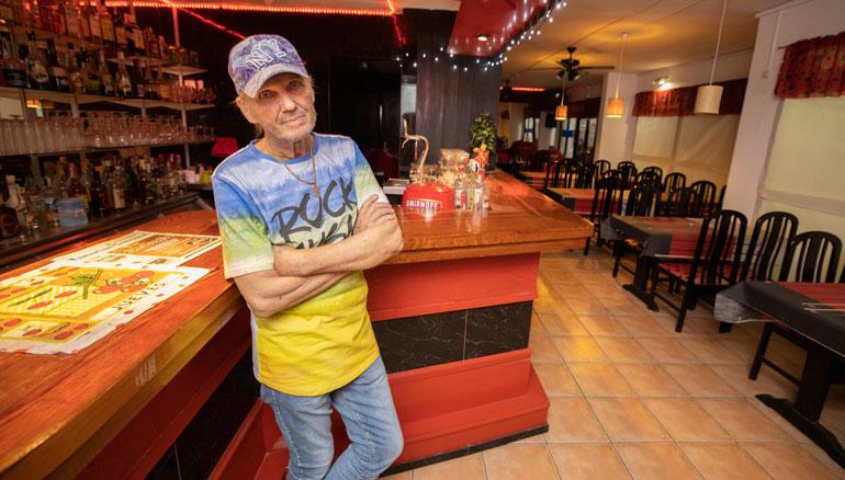 Jorma Kalevi työskentelee ravintoloitsijana Espanjassa.