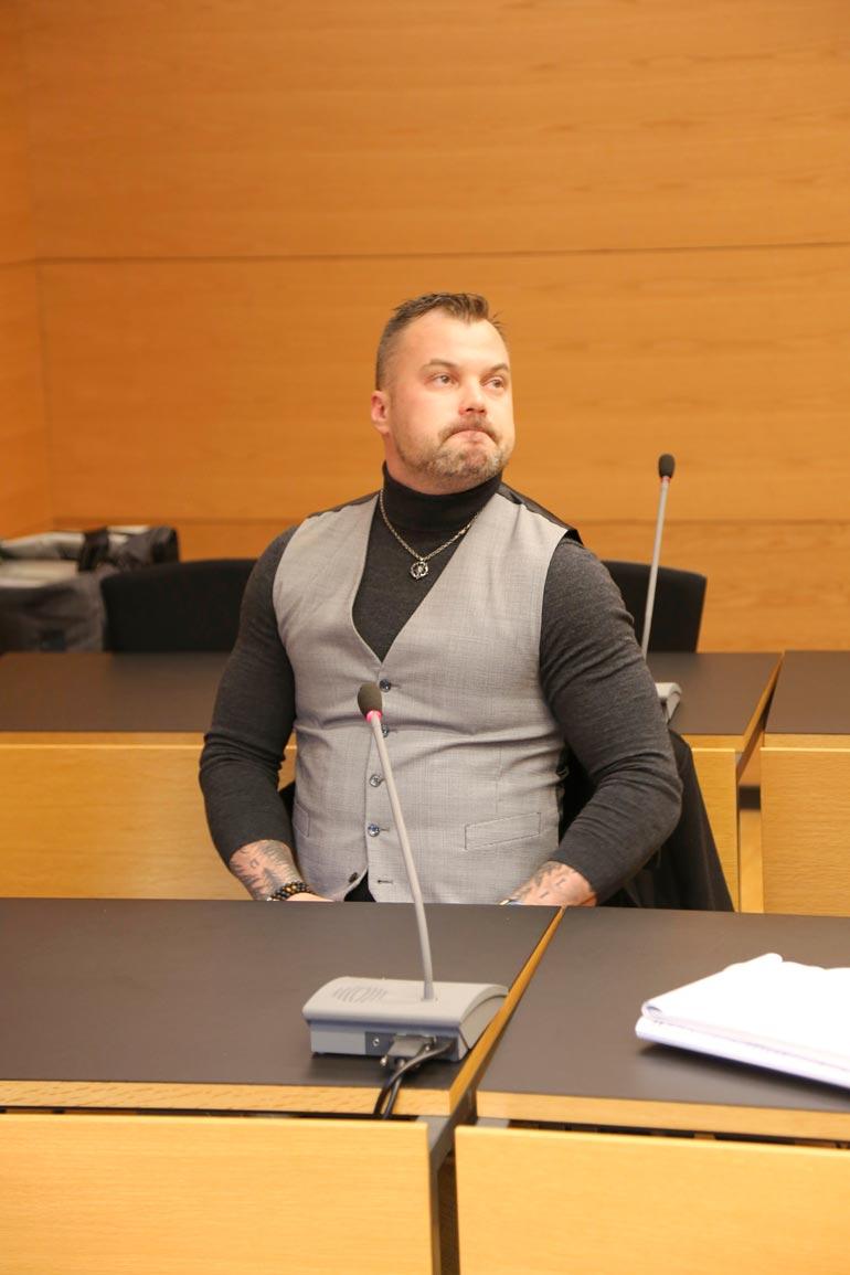 Vuoden 2011 tangoprinssin oikeuspiina jatkuu seuraavaksi Kajaanissa joulukuun alussa.