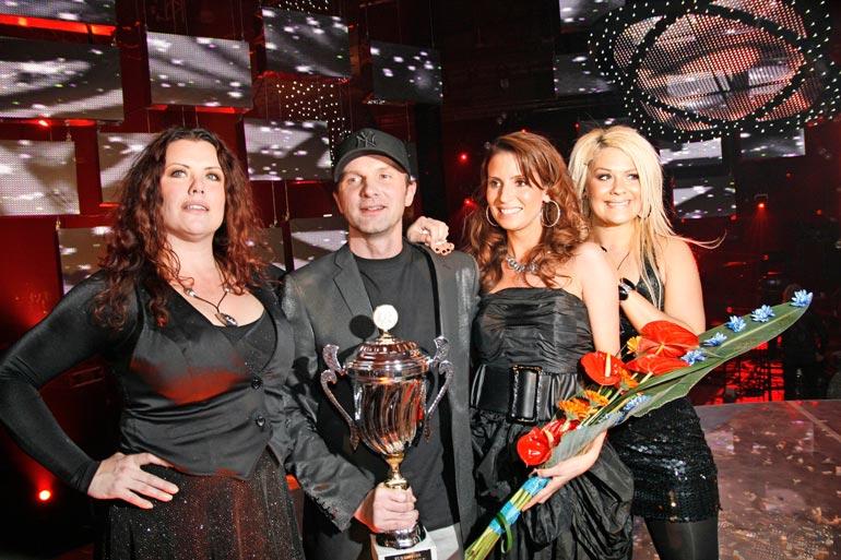 Waldo's people edusti Suomea euroviisuissa 2009 kappaleella Lose control.