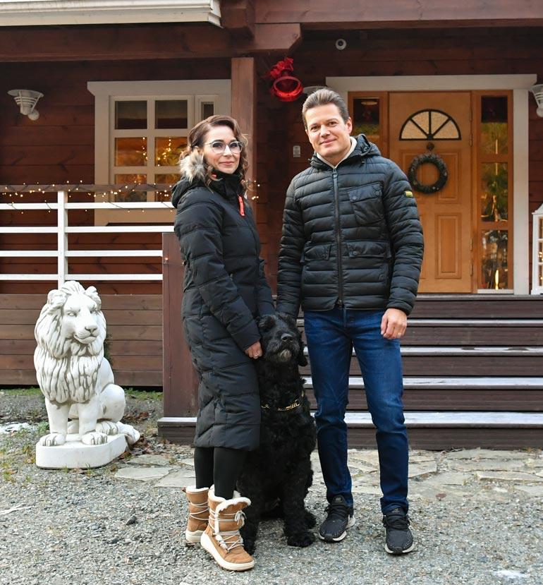 Sami ja Satu Kapasen hirsilinnassa on karvainen portsari.