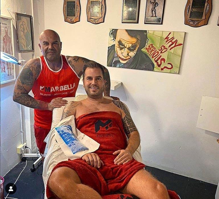 Niko käy huoltamassa lihaksiaan M13-gymillä Marbellassa.