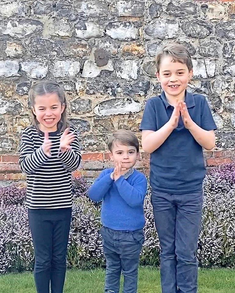 Williamin ja Katen lapset, George, Louis ja Charlotte ovat pienestä pitäen tottuneet edullisiin ja vitsikkäisiin lahjoihin.
