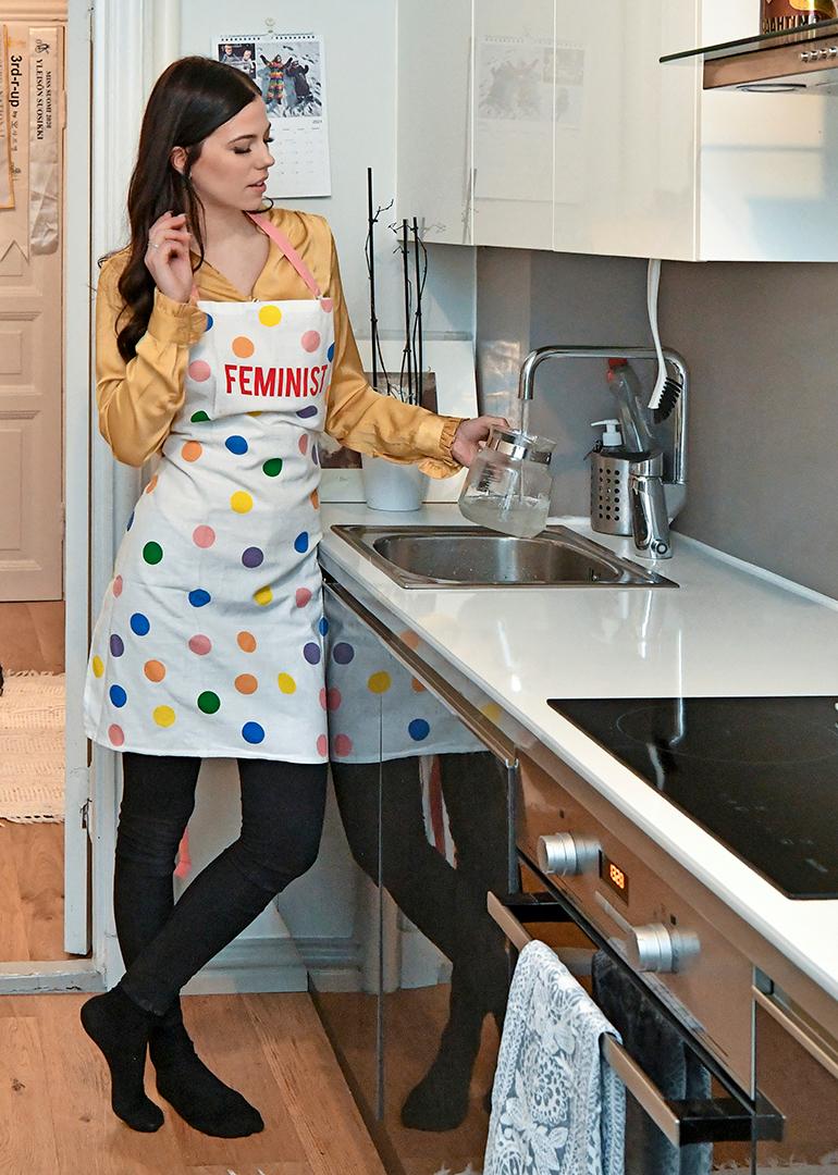 Miss Suomen arvoyksiön keittiö on moderni ja selkeälinjainen.