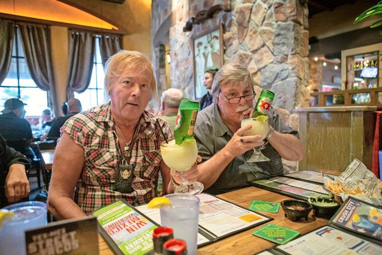 Suosittu beerrita-drinkki maistui Dannylle ja hänen Texasissa asuvalle pikkuveljelleen.