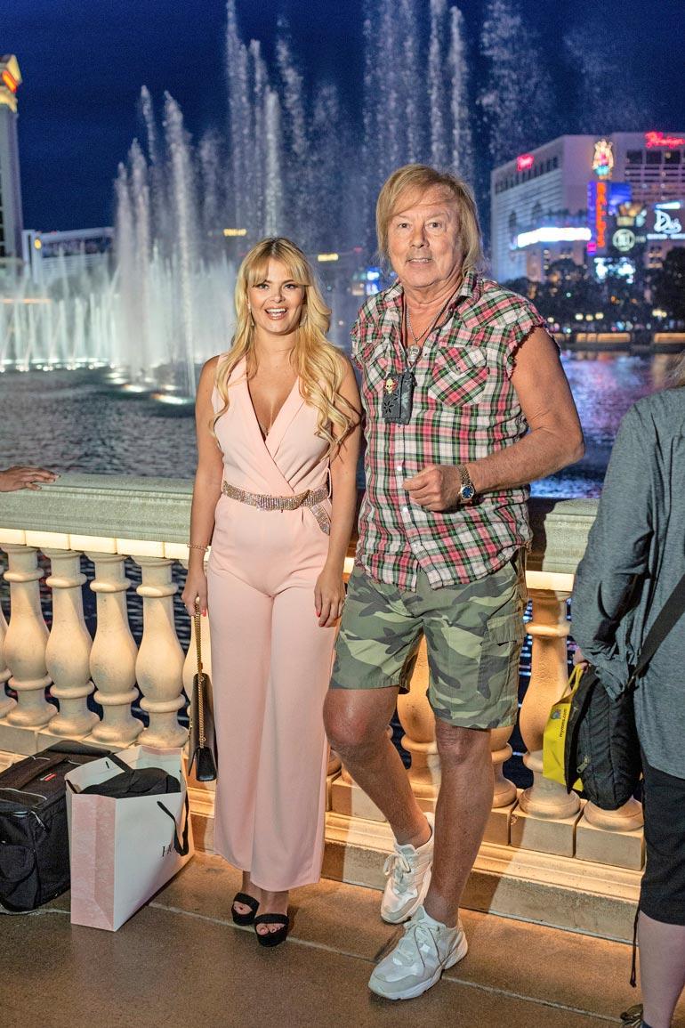 Seiska majoitti Erikan ja Dannyn suihkulähteistään kuuluisaan Bellagioon, viiden tähden hotellielämykseen.