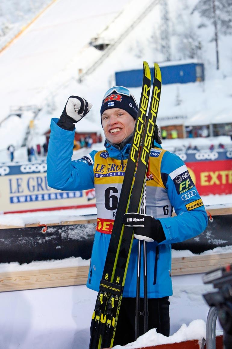 Suomen suurin mitalitoivo Iivo Niskanen ajoi hiuksensa ennen MM-hiihtoja. – Kesäkelit tuli, laitoin kesätukan!