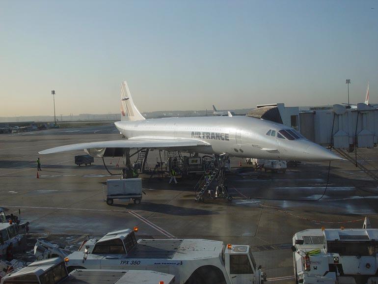 Concorde oli yliäänikone, jolla lennettiin Atlantin yli Lontoosta ja Pariisista. Viimeinen lento konetyypillä tehtiin 2003.