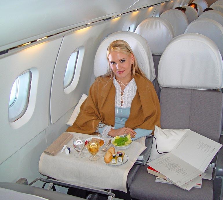Concordeen mahtui vain sata matkustajaa. – Istuin on mukava ja tilava, Heidi kehui.