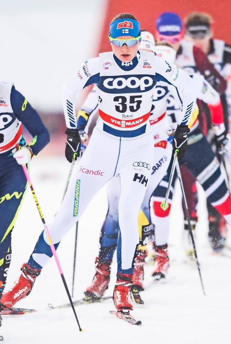 Johanna on ollut ammattiurheilija keväästä 2016, jolloin hän kirjoitti ylioppilaaksi ja muutti Rovaniemelle. – Muuta koulutusta ei ainakaan vielä ole, vaan elämäni pyörii kisojen ja hiihtoleirien ympärillä.
